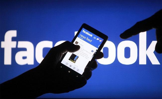 17 مليون جزائري له حساب على موقع التواصل الاجتماعي