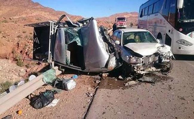 حادث مرور مميت بالنعامة : وفاة 3 أشخاص و إصابة 5 آخرين