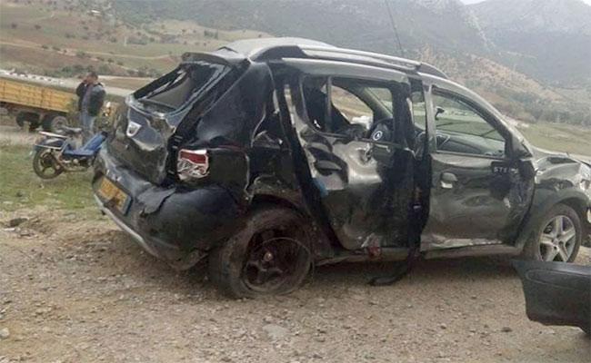 حرب الطرق : وفاة شخصين و إصابة 10 آخرين في حادث اصطدام عنيف بين شاحنتين و 8 سيارات سياحية بسكيكدة