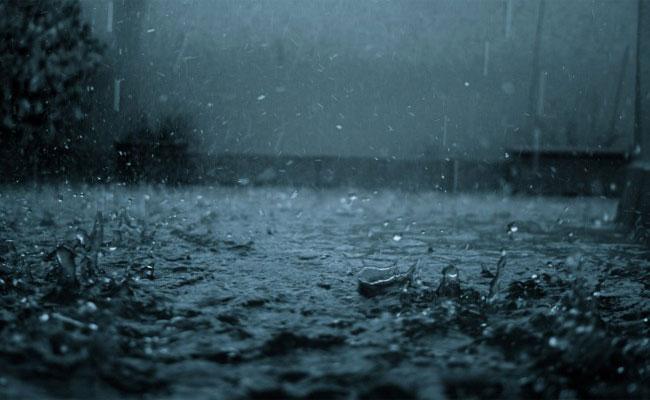 تساقط أمطار مصحوبة برعود مرتقبة في عدد من الولايات