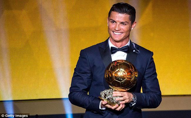 رونالدو يتوج بجائزة أفضل رياضي في أوروبا