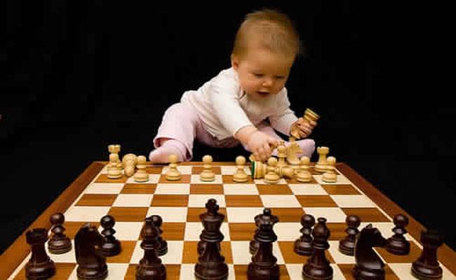 7 صفات تؤكد أن طفلك ذكي.. فهل تتوفر لديه ؟