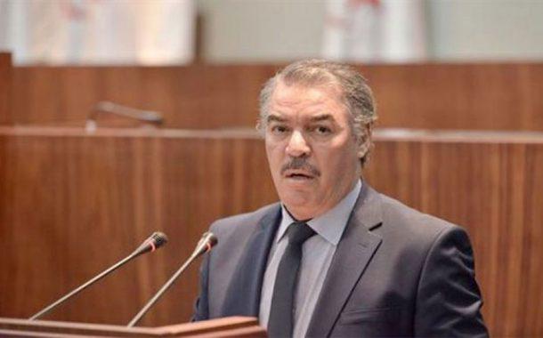 طاهر حجار يدعو الطلبة لتوخي الحذر لكون الجزائر