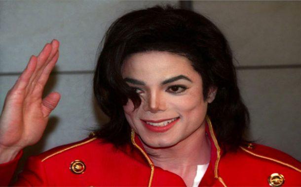بعد 35 عاما .. ألبوم مايكل جاكسون يتربع على عرش الألبومات الأكثر مبيعا في العالم