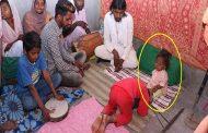 الرجل طفل والذي أصبح إلهاً في الهند