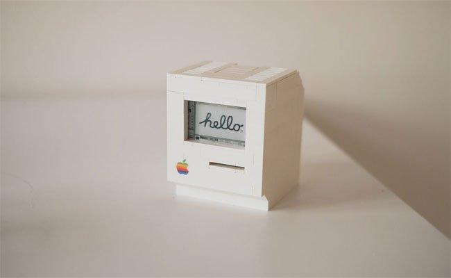 جهاز ماكنتوش صغير مصمم من قطع الليجو