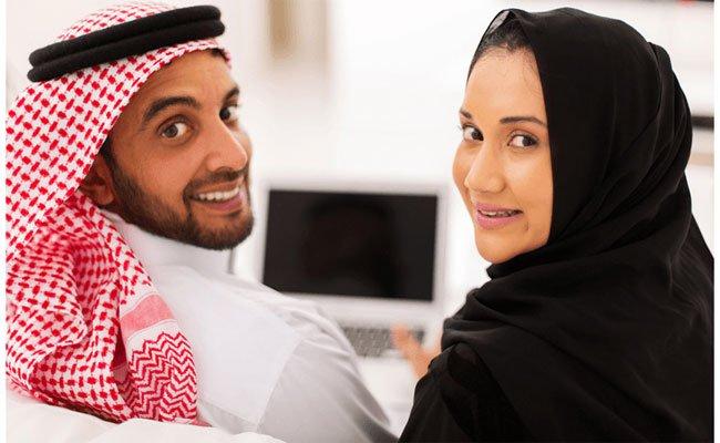 كيف يجب أن تعامل زوجتك في رمضان؟