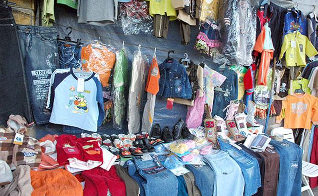 ارتفاع أسعار الملابس الجدديدة يفرض على عائلات معوزة في قسنطينة اقتناء الملابس المستعملة