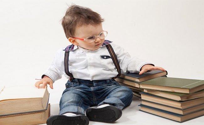 التهابات عيون الاطفال قد تسبّب العمى فتنبّهي الى اعراضها!