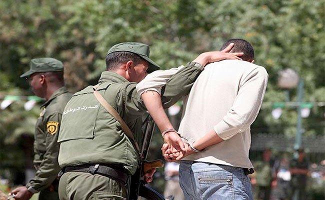 فرقة خاصة للدرك الوطني تلقي القبض على سفاح البويرة الذي قتل أسرة بكاملها و المتكونة من 4 أشخاص