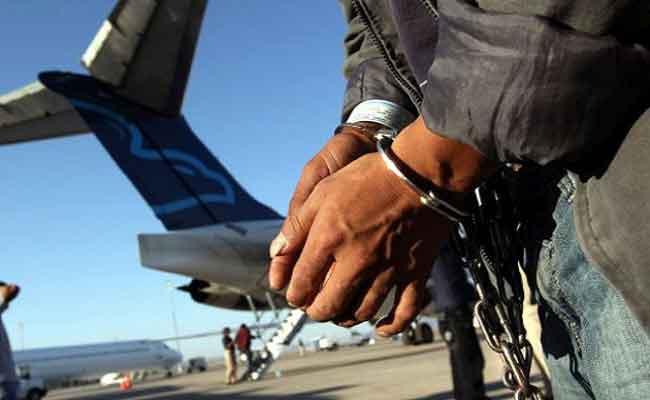 ايطاليا تطرد خمسينيين تونسي ومغربي لدواعي أمنية