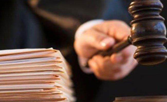 تقديم  قاضي تحقيق الغرفة الأولى بمحكمة القليعة للمحاكمة على خلفية توقيفه متلبسا بتلقي الرشوة!