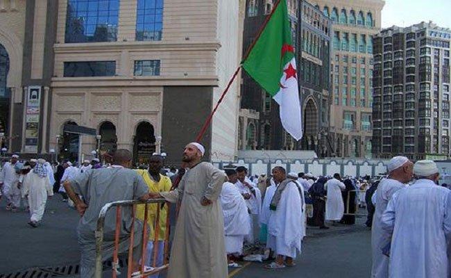 حاج جزائري بعد استعادته 1500 يورو فقدها قال فعلا مصر أم الدنيا بحق