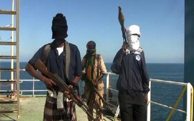 إختطاف ضابطين مغربيين في المياه النيجيرية على يد قراصنة