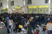 يفضل الكثير من سائقي الحافلات او الكلونديستان او الطاكسيات ان يعيدوا بالمواطن الجزائري قبل الكبش
