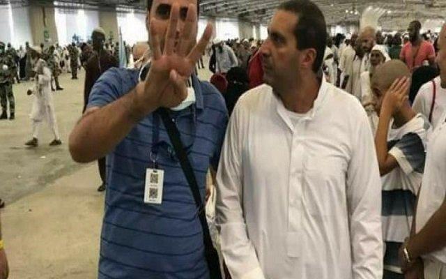 صدمة (الداعية) المصري عمرو خالد