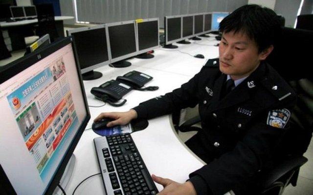 لدواعي أمنية وللحفاظ على الهوية الصين تحجب الفيسبوك و واتس آب