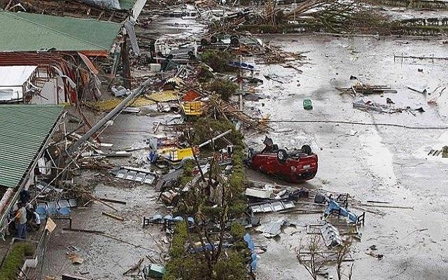 زمن الأعاصير / إعصار دوكسوري يفتك بفيتنام