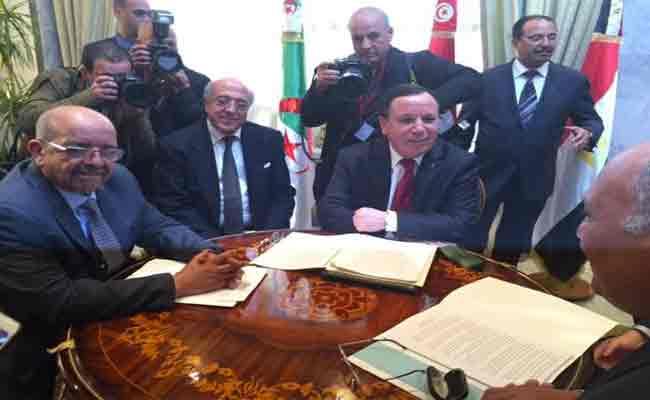 لقاء تشاوري بين مساهل و نظيراه المصري و التونسي بنيويورك لتدارس الوضع في ليبيا