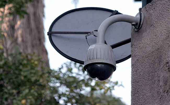 قريبا : تنصيب 1673 كاميرا مراقبة بالبويرة لضمان أمن المواطنين و حماية الممتلكات