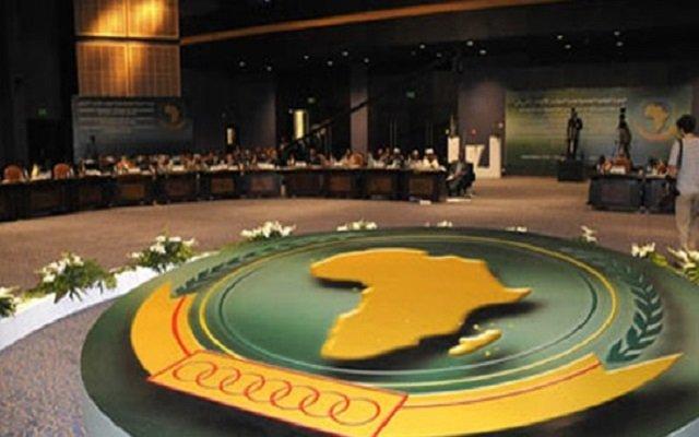 ضغط الجزائر وجنوب إفريقيا يربك الانقلابيين في زيمبابوي