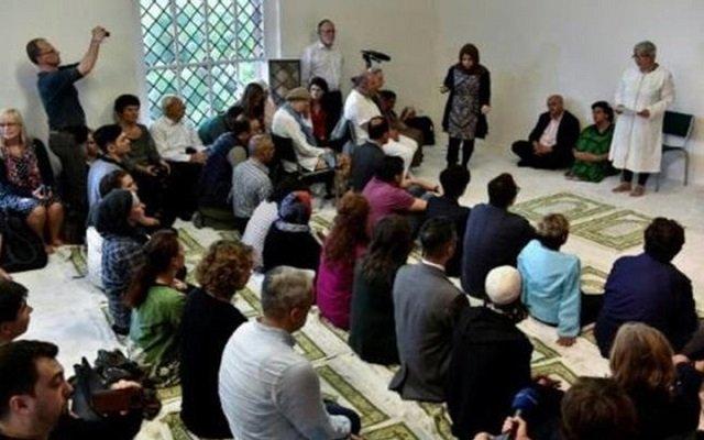 السعودية في عهد بن سلمان تمول مسجد فيه الاختلاط والشواذ