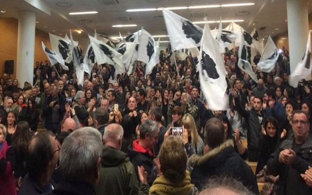 القوميون في كورسيكا يسيرون على خطى الكتالانيين