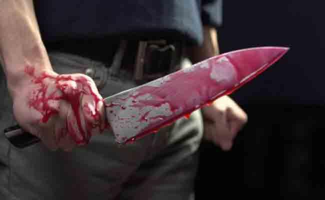شاب يذبح شقيقه من الوريد إلى الوريد لأنه حاول منعه من تعنيف والدته بعنابة !