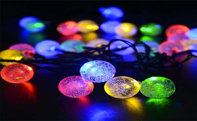 تحذير المواطنين من توخي الحذر عند اقتناء المصابيح الكهربائية الحديثة ( الليد LED)
