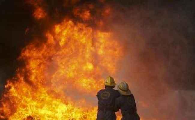 نشوب حريق في مستودع لتخزين العجائن ببني تامو بولاية البليدة