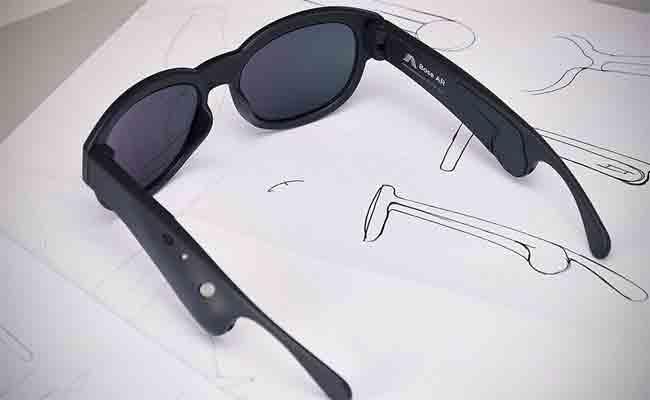 نظارات شمسية مع واقع معزز صوتي من بوز