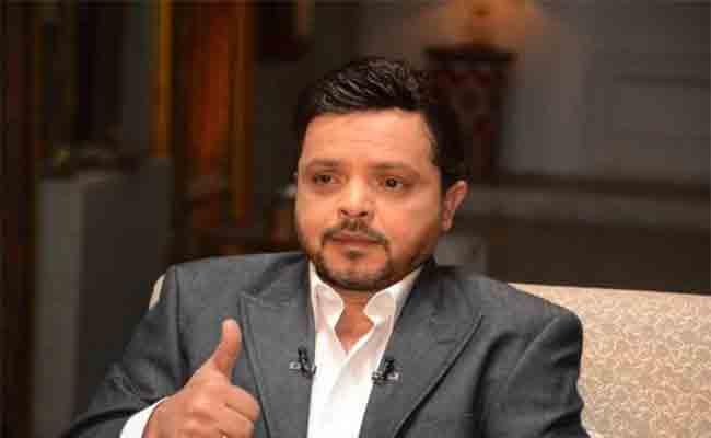 محمد هنيدي يعود بمشروع سينمائي وعمل مسرحي