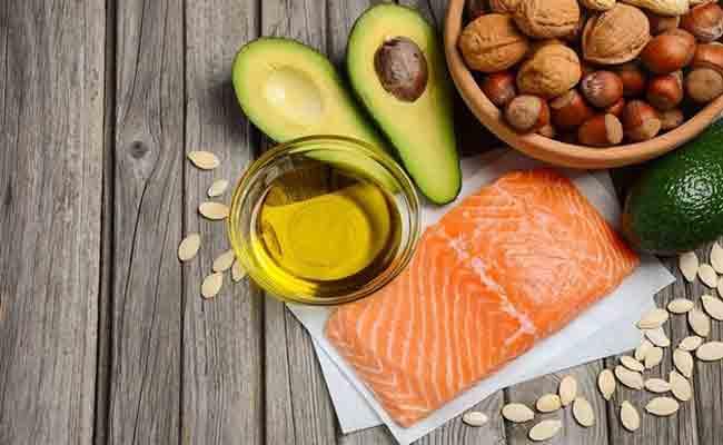 ماذا يتضمّن النظام الغذائي الغني بالأوميغا 3؟