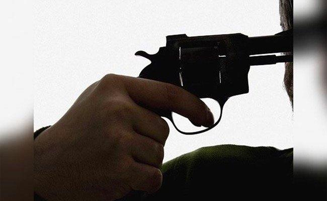 شرطية تضع حدا لحياتها رميا بالرصاص بالشلف