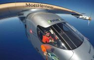 الطائرة الشمسية Solar Impulse 2 تنهي رحلتها حول العالم