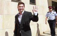 محكمة كتلانية تحكم على ميسي ووالده بالسجن