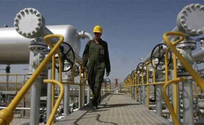 بينما وصل عجز الميزانية الى 30 مليار دولار ، لن يتجاوز سعر البترول 60 دولارفي افق 2020