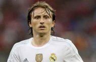 لوكا مودريتش يقرر الاعتزال في ريال مدريد