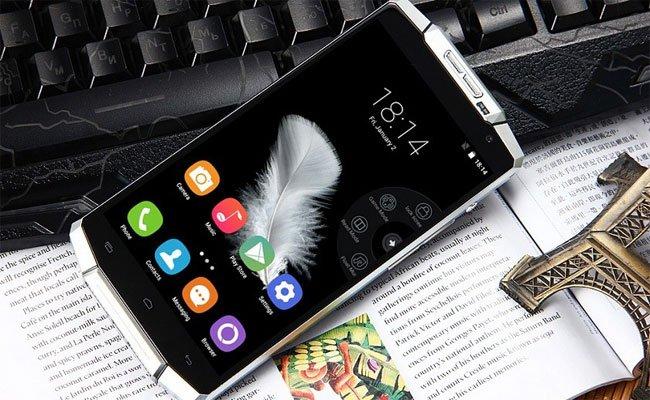 إصدار جديد من الهاتف الذكي K10000 ذا البطارية الخارقة 10000 ماه