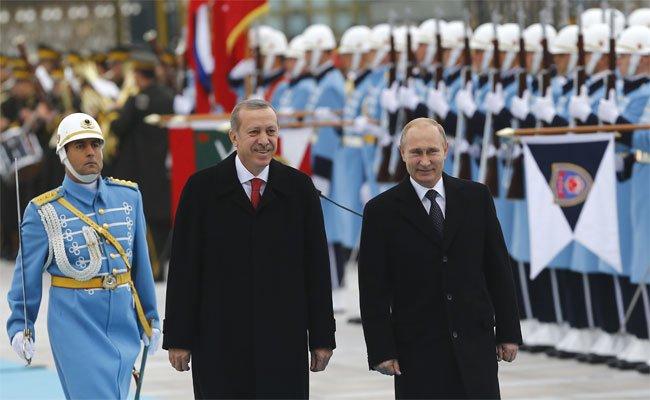 التايمز: من يفضل أردوغان بين الغرب وروسيا