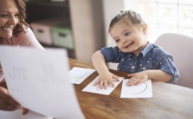 ما هي طرق تعليم الاطفال التي اثبتت نجاحها؟