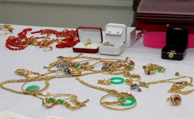 الحكم بـ5 سنوات سجنا نافذا على مشعوذة استغلت الفايسبوك لاستدارج ضحاياها الذين سلبتهم مجوهرات قيمتها 650 مليون سنتيم !