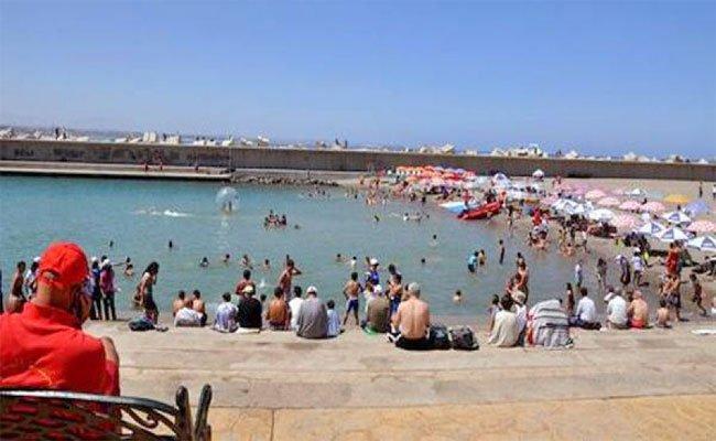 زوخ يكشف أنه تم تجنيد أزيد من 1600 عون موسمي للسهر على أمن و نظافة شواطئ العاصمة بمناسبة موسم الاصطياف