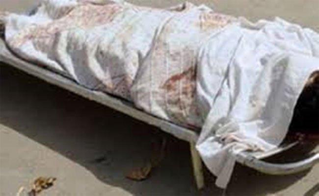 العثور على جثة شخص مرمية على الطريق بعد تعرضه لاعتداء جسدي تسبب في وفاته على يد شاب و قاصران بسوق أهراس