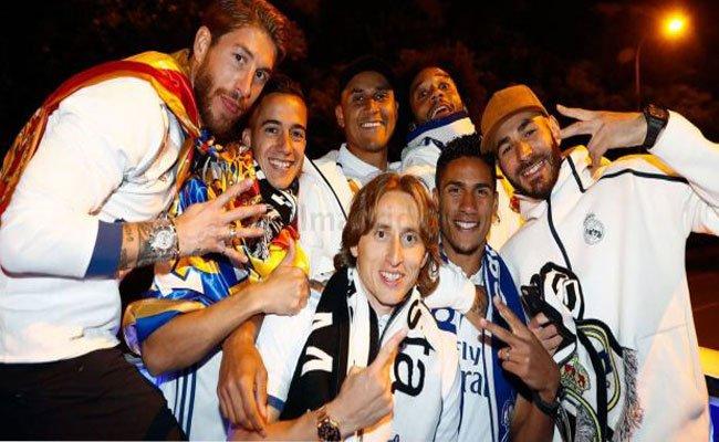 ريال مدريد يتوج بلقب الليغا