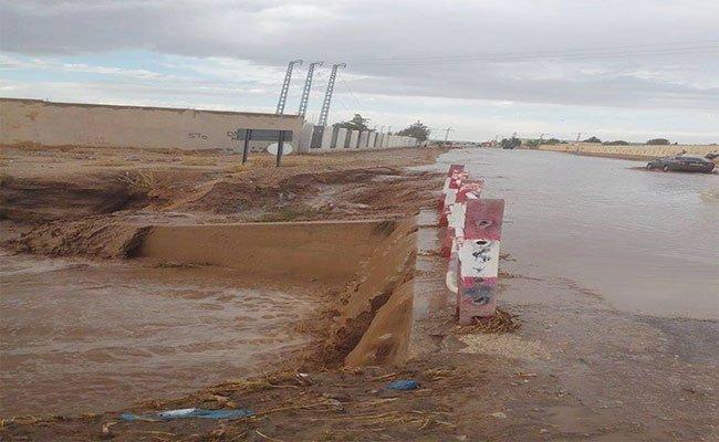 عشرات المنازل ببلدية الشمرة في باتنة تحت رحمة الأمطار الغزيرة بعد فيضان وادي المدينة