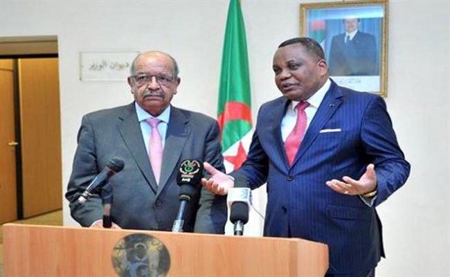 تحرك جزائري كونغولي لحل الأزمة في ليبية و تأكيد على ضرورة مرافقة الليبيين لتحقيق السلم و الاستقرار في بلادهم