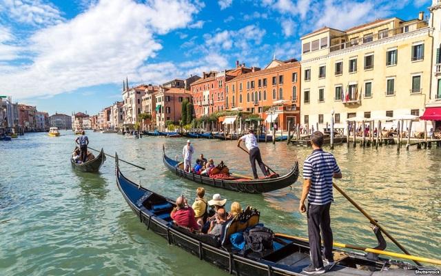 رياح الانفصال تصل إلى ايطاليا