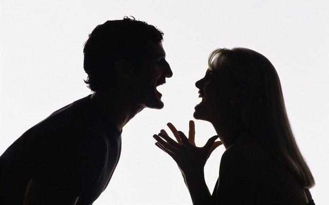 ارتفاع نسبة الطلاق في العالم سببه الفيسبوك