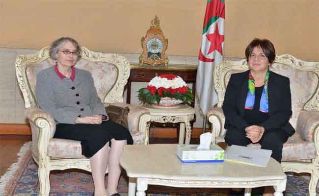 العلاقات الجزائرية-الفنلندية : رغبة مشتركة  في تطوير سبل التعاون في مجال التنمية الاجتماعية